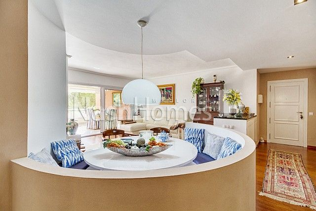 living_room_and_dining_area.jpg