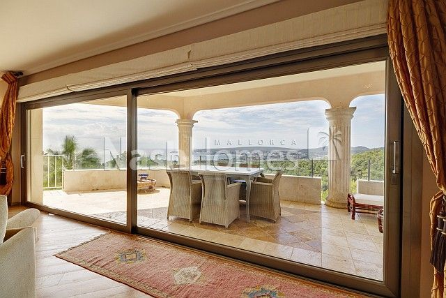 living_room_to_terrace_(2).jpg